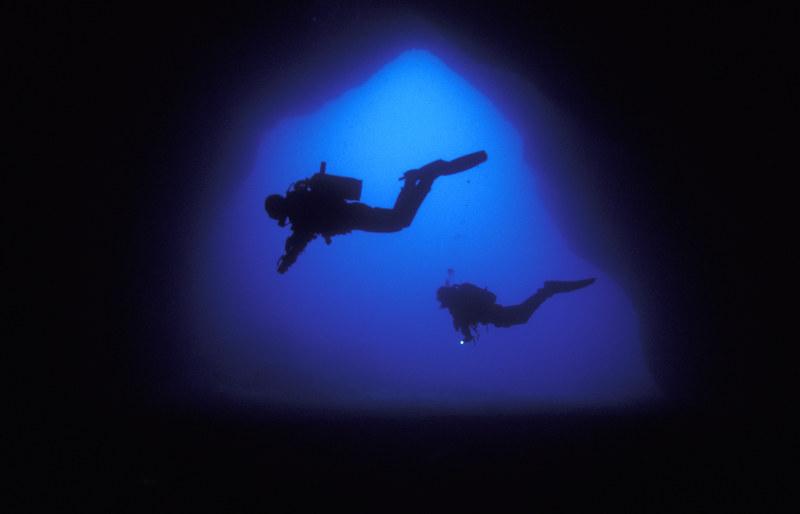 Caves-Diving-Malta