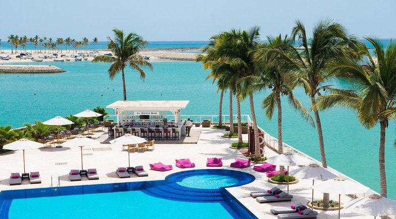 Juweira-Hotel-Swimming-Pool