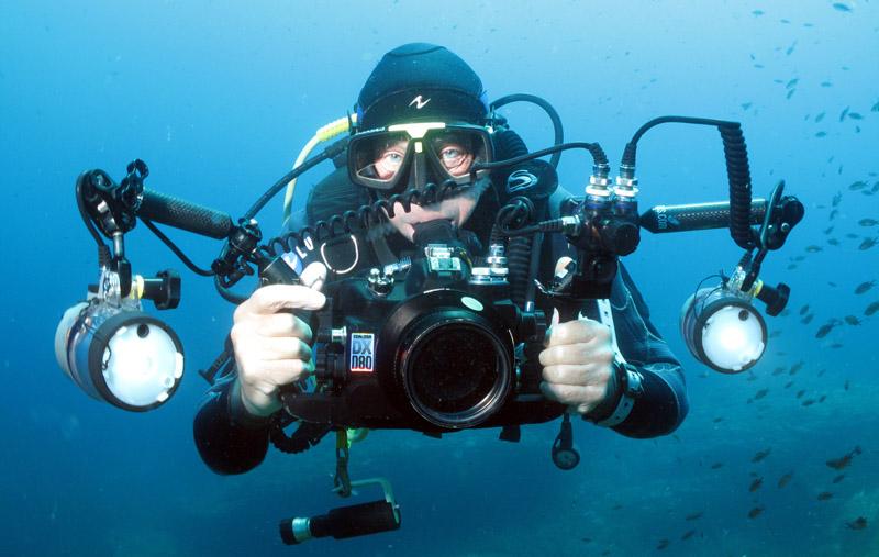 Steven-Weinberg-underwater