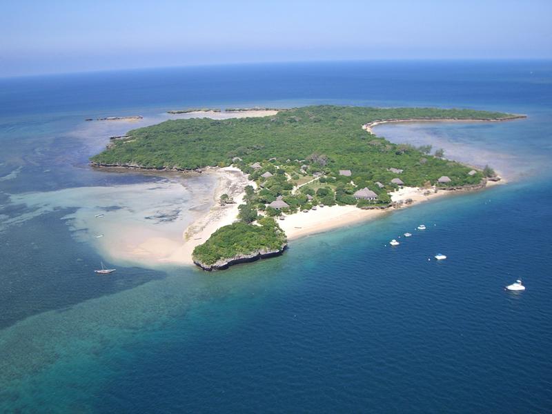 Azura-Quilalea-Aerial-View