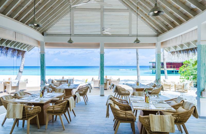 maldives-finolhu-hotel-restaurant