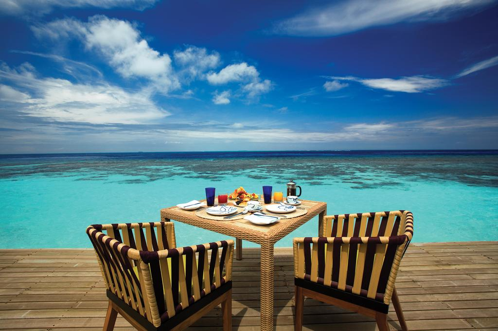 oblu-by-atmosphere-helengeli-maldives